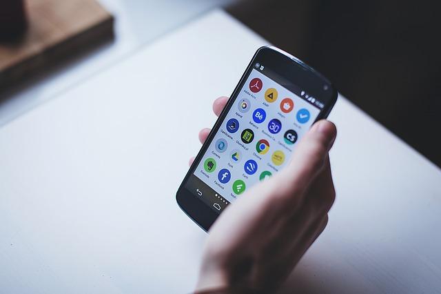 3 วิธีในการตรวจสอบสิ่งอันตรายในโทรศัพท์ระบบ Android