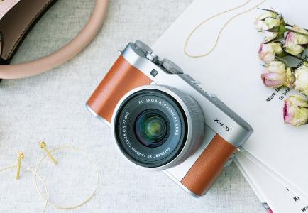Fujifilm ประกาศเปิดตัวกล้อง X-A5 Mirrorless และ X-series Power Zoom