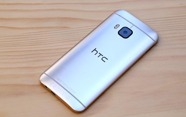 Google ก้าวซื้อทีมงาน HTC ในแผนกพัฒนาสมาร์ตโฟน Pixel ด้วยข้อตกลงมูลค่ากว่าสามหมื่นล้านบาท