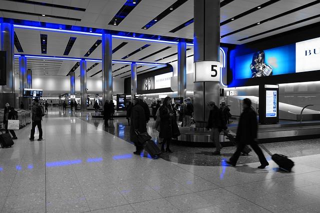 สหรัฐฯ ยกเลิกการห้ามใช้แล็ปท็อป กับสายการบินตะวันออกกลางทั้งหมดแล้ว
