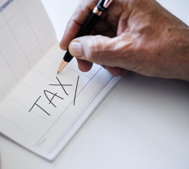 สั่งสินค้าออนไลน์จากเว็บไซต์ต่างประเทศ ต้องเสียภาษีนำเข้าหรือไม่