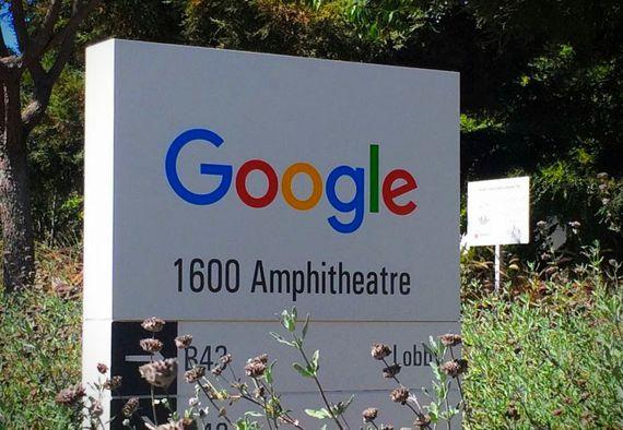 พนักงาน google กว่า 2,000 คนประท้วงนโยบายทรัมป์