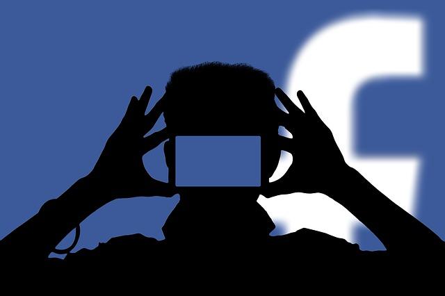 ผู้คนกว่า 10 ล้านรายใช้ Facebook Live ในวันส่งท้ายปีเก่าต้อนรับปีใหม่